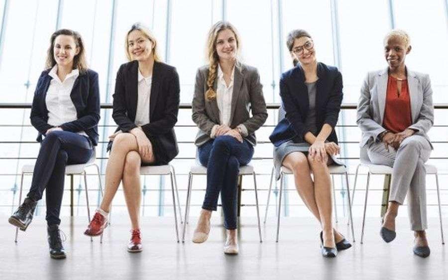 बोर्ड रूम में महिलाओं को जगह देने में हम विश्व में 12वें स्थान पर