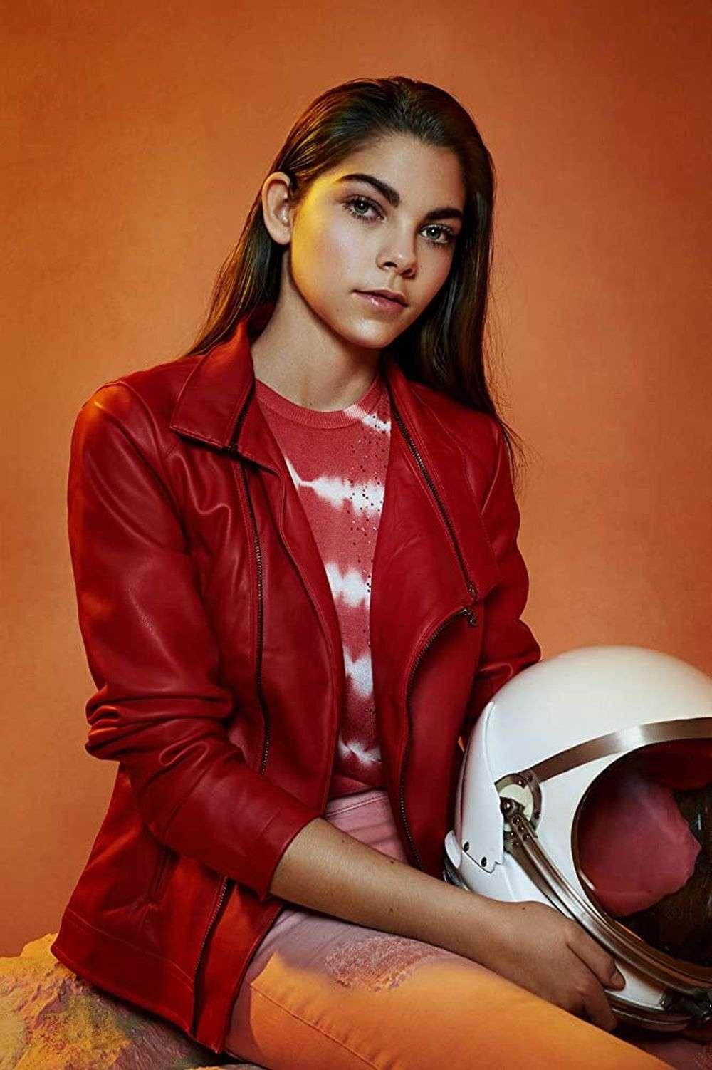 ये हैं दुनिया की सबसे युवा महिला अंतरिक्ष यात्री, मंगल ग्रह पर उतरने की कर रही तैयारी