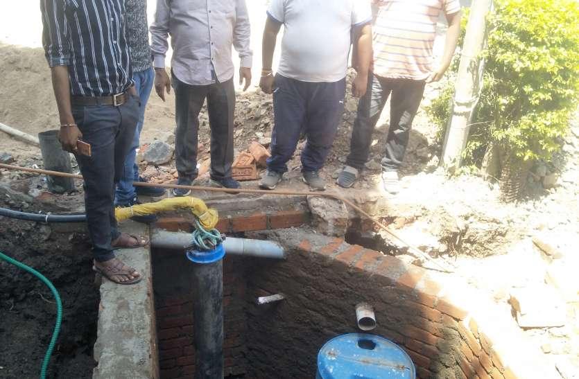 Water : 20 वर्षों बाद सूखे बोर में बनाया हार्वेस्टिंग सिस्टम