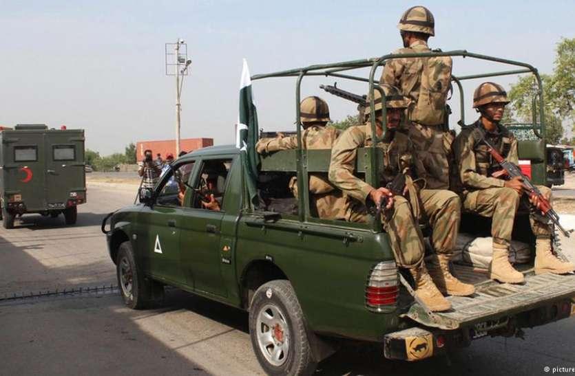 कोराना वायरस के मामले बढ़ते देख इमरान खान ने बुलाई सेना, दो प्रांतों को किया लॉकडाउन