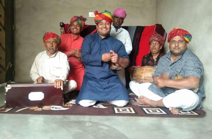 भपंग वादक ने कोरोना पर बनाया गीत, सोशल मीडिया पर हिट