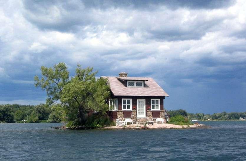 सिर्फ एक कमरे के बराबर जगह और बन गया द्वीप 'जस्ट रूम इनफ आइलैंड'