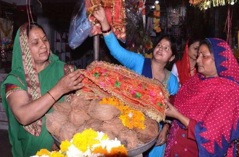 Lockdown का असर, दोगुने से भी अधिक रेट पर मिल रहा नवरात्रि व्रत का ये सामान