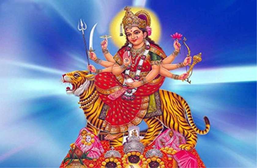 माँ दुर्गा के सिद्ध तांत्रिक मंत्र बदल देंगे जपने वाला भाग्य