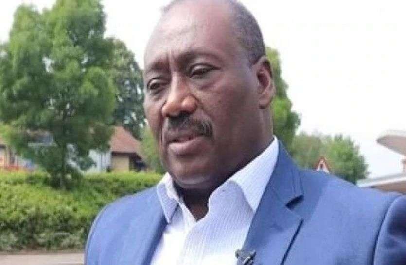 कोविड-19 : अफ्रीका के दिग्गज फुटबॉलर खिलाड़ी मोहम्मद फराह की मौत, खेल मंत्रालय में थे सलाहकार