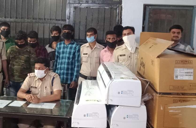 डकैती की साजिश रचते हथियारबंद ५ बदमाशों को पुलिस ने धरदबोचा