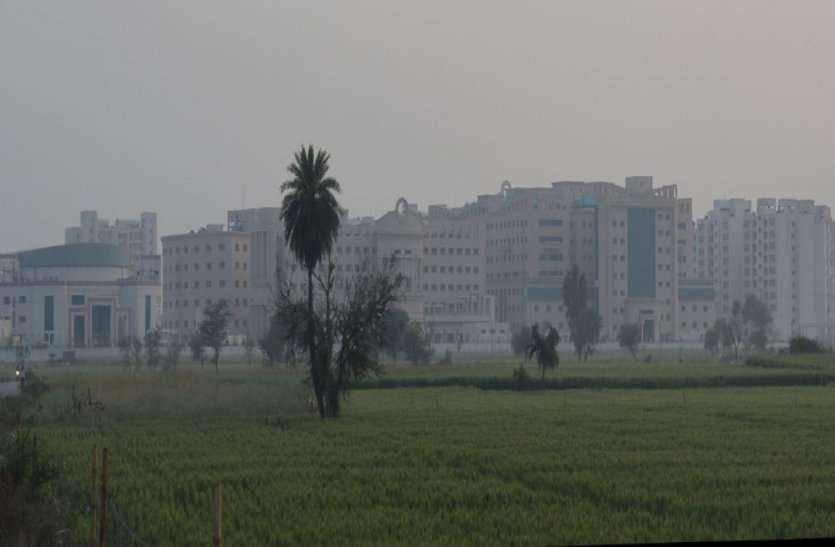 चीन ने 10 दिन में 1000 बैड का अस्पताल बनाया, हम ऐसा अस्पताल मात्र 2 मिनट में कर सकते हैं, केवल निर्णय ही लेना है