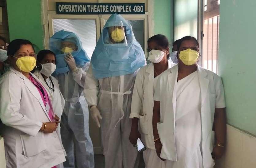 कोरोना वायरस : 54 मरीजों की हालत स्थिर, 144 संदिग्ध भर्ती