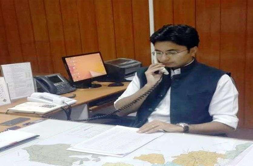 कोरोना से बचाव को लेकर अलवर जिला कलक्टर इंद्रजीत सिंह ने दिए यह जरूरी निर्देश, आप भी जानिए