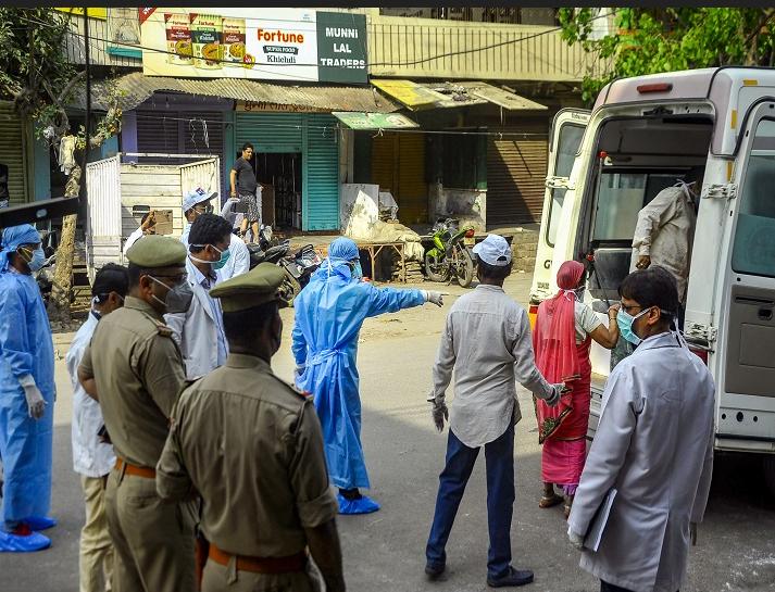 महाराष्ट्र में एक ही परिवार के 25 सदस्य कोरोना से संक्रमित, 4 आए थे दुबई से