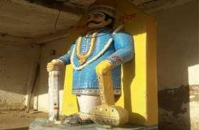चैत्र नवरात्रि में होती है रावण की पूजा, 8 फीट ऊंची प्रतिमा, लोग जलाते नहीं, पूजते हैं