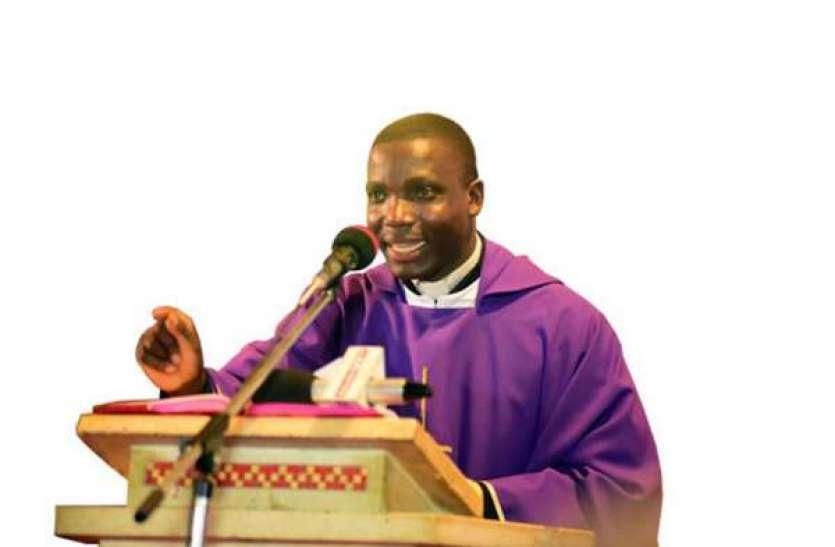 यूगांडा: चर्च के अंदर कोरोना वायरस को लेकर फैला रहे थे अफवाह, दो पादरी गिरफ्तार