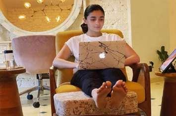 आलिया भट्ट रणबीर कपूर के साथ नहीं बल्कि इनके साथ बिता रही हैं घर पर वक्त, ये तस्वीर है सबूत