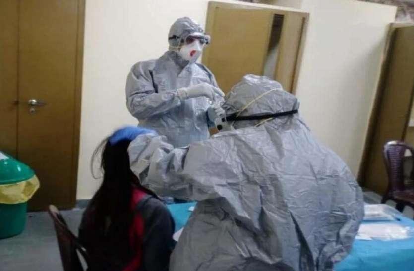 गजब: Coronavirus को मात देने के लिए मरीज देख रहे Ramayan, योग से खुद को बना रहे Mentally फिट