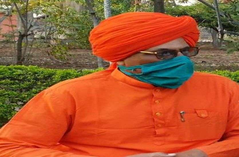 सांसद स्वामी सुमेधानंद सरस्वती ने कहा, यूं बढ़ सकता हैं लॉकडाउन का समय
