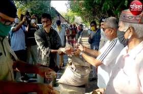VIDEO : पाली के एसपी कोटोकी ने गरीब व जरूरतमंदों को कराया भोजन