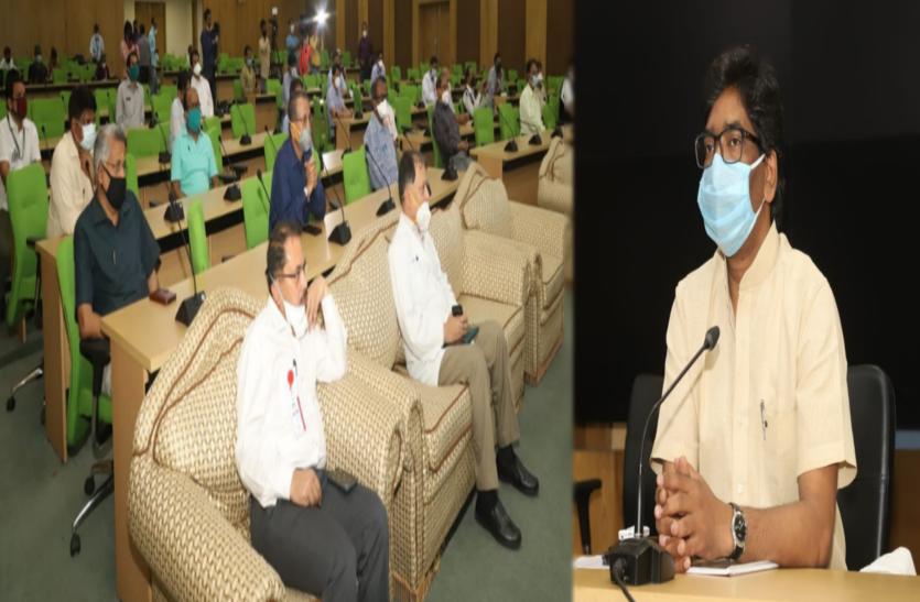 झारखंड: डॉक्टरों ने दिया लॉकडाउन अवधि बढ़ाने का सुझाव, CM ने की विस्तृत चर्चा