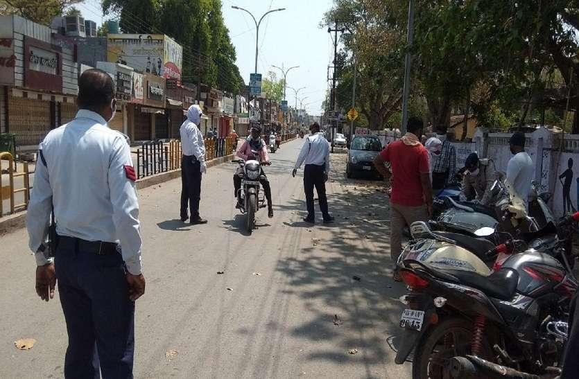 मुख्यमंत्री ने लॉकडाउन के दौरान दिन-रात ड्यूटी दे रहे पुलिस कर्मियों से टेलीफोन पर जाना हालचाल