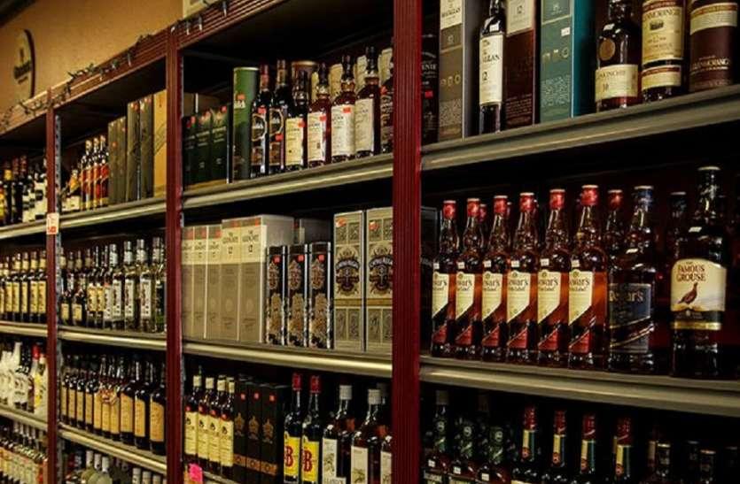 तस्माक दुकानों में चोरी के बढ़ते मामलों के बाद सुरक्षा बढ़ाई