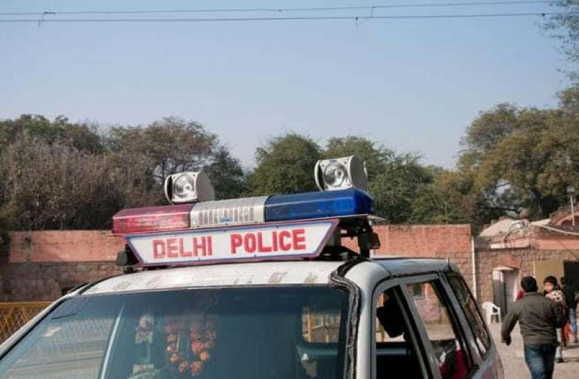 दिल्ली: मुंडका थाने के SHO समेत 3 पुलिसकर्मियों ने खुद को किया होम क्वारंटाइन!