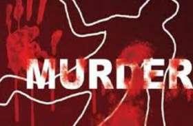नृशंस हत्या - पहले गला दबाया, फिर कुल्हाड़ी से गर्दन पर कई वार, दबा दिया भट्टे की मिट्टी से, तंत्र विद्या का आरोप