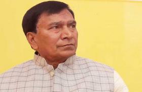 बिहार: शिक्षा मंत्री के सहायक के घर पार्टी के बाद बड़ी कार्रवाई, कई अधिकारी सस्पेंड