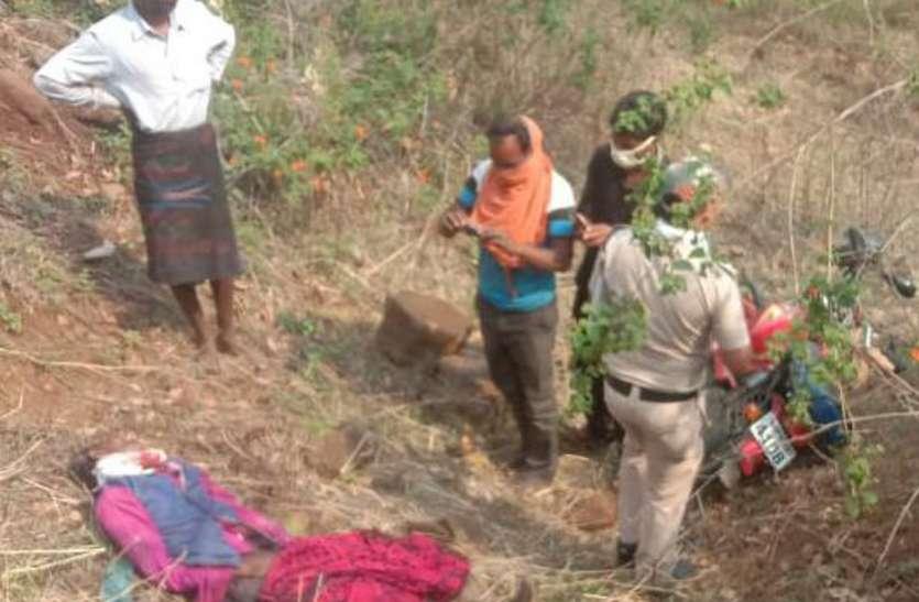 पेड़ पर रखा हथगोला गिरकर फटा, दो महिलाएं हुईं घायल