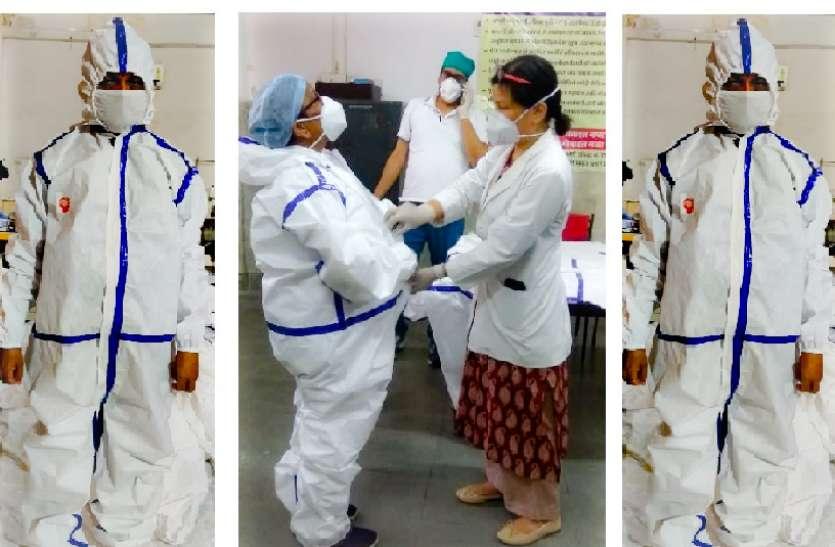 रेल कोच फैक्ट्री में तैयार हो रही हैं PPE ड्रेस किट, 200 किट बनकर तैयार, मई तक बनेंगी 4000 किट
