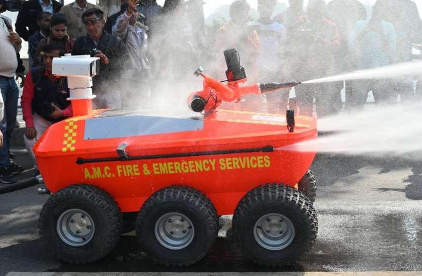 Anand : Medicines के गोदाम में आग