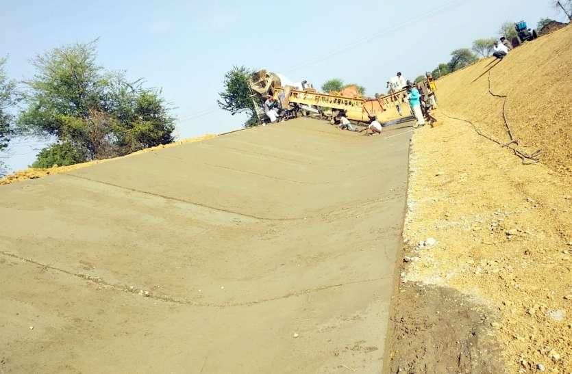 ग्रीष्मकालीन मूंग के लिए न नहरों में पानी छोड़ा , न ही शुरू हुआ बैरल बॉक्स का निर्माण कार्य