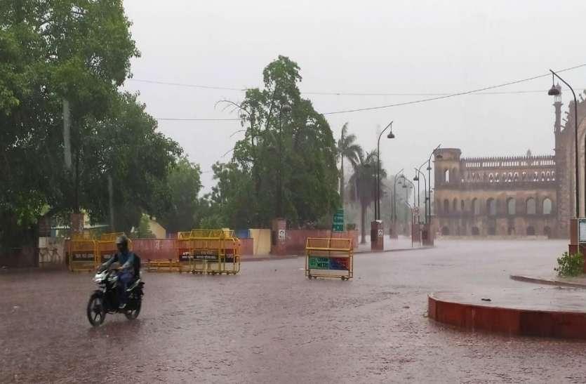 मौसम विभाग ने जारी की चेतावनी, यूपी में अगले चार दिनों तक तेज हवाओं के साथ होगी भारी बारिश