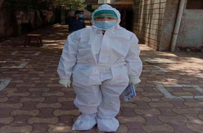 Ahmedabad News : परिजनों को संक्रमण से बचाने लिएहॉस्टल में रह रही डॉ. श्रुति