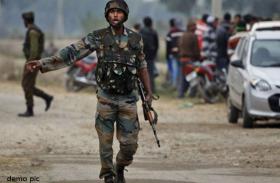 कश्मीर: ग्रेनेड हमले में 2 जवानों समेत 6 घायल, DGP बोले-''आतंक विरोधी अभियान में लाएंगे तेजी''