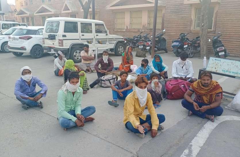 बाड़मेर : 25 हजार प्रवासियों के घर की राह आसान, अब 14 दिन होम  क्वारंटीन