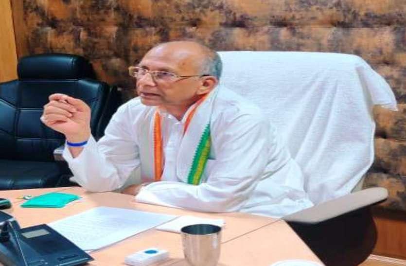 गृह मंत्री साहू ने की जेल विभाग के काम-काज की समीक्षा,कहा-जेल परिसर में सोशल डिस्टेंसिंग का रखें ध्यान