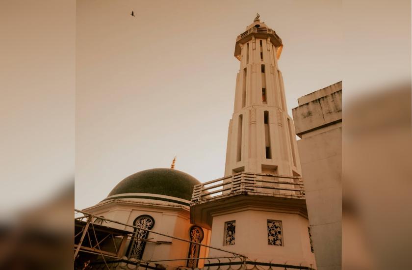 Ramzan Special : तुर्की की मशहूर मस्जिद की तरह बनाई गई है ये मस्जिद, नवाब ने इसे नाम दिया था सूफिया
