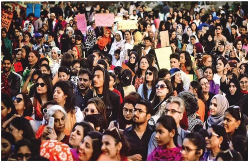 पाकिस्तान: रिपोर्ट में खुलासा, बीते 3 महीने में महिलाओं के खिलाफ 200 फीसदी बढ़ी हिंसा