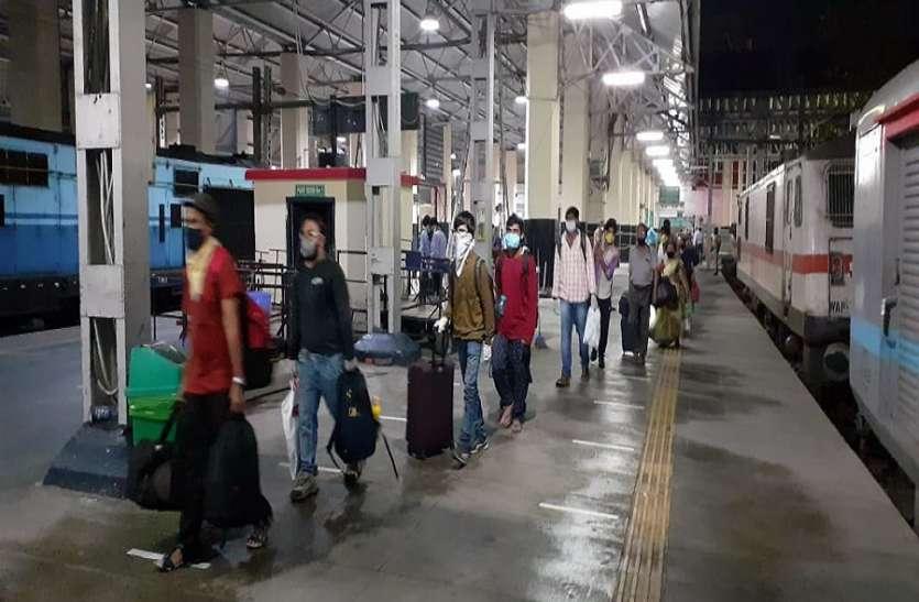 स्पेशल एसी ट्रेन का एक यात्री पॉजिटिव निकला तो पूरा बोगी के यात्री होंगे क्वारंटाइन