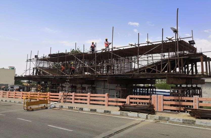 सोढाला एलिवेटेड रोड का निर्माण कार्य फिर से शुरू