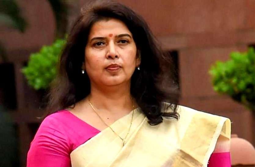 CM भूपेश पर सांसद सरोज ने साधा निशाना, कहा प्रवासी मजदूरों पर राजनीति कर रहे मुख्यमंत्री, भाजपाईयों को नहीं करने दे रहे मदद