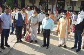 राधा गोविंद मंदिर की वर्षगांठ, 101 पंडितों का किया सम्मान