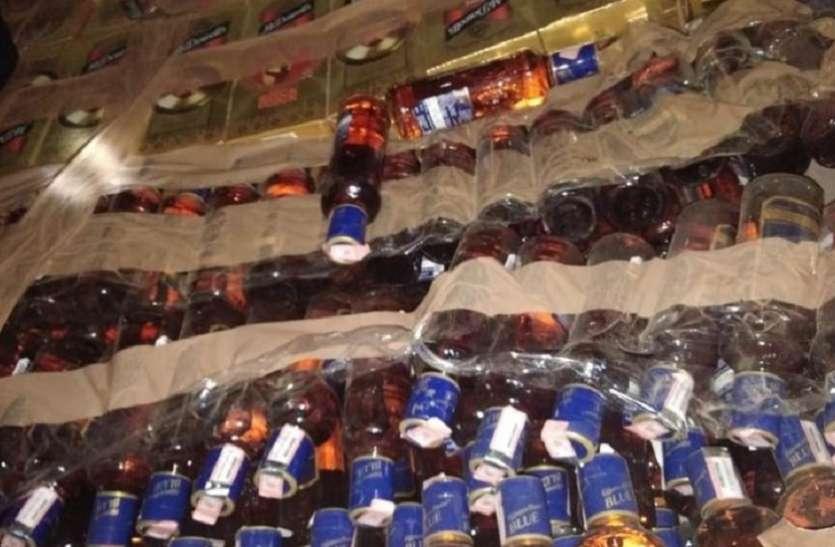 चोरी की 64 पेटी शराब जब्त