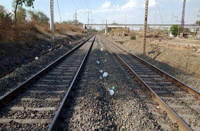 Railway: प्रवासी मजदूरों को काम देगा रेलवे, बनी योजना, इतने लाख रुपए हुए स्वीकृत