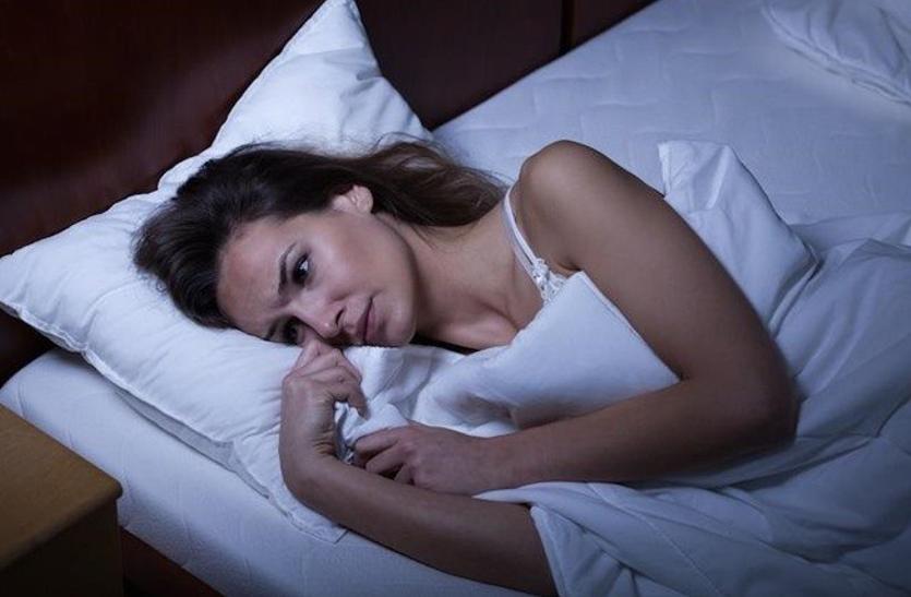 नींद पूरी न होने पर हमारे शरीर पर क्या प्रभाव पड़ता है