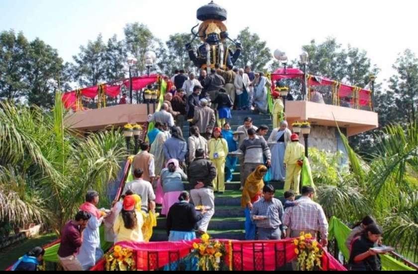 शनि जयंती 2020 : श्री शनि चालीसा के पाठ से मिलेगी शनि दोषों से मुक्त