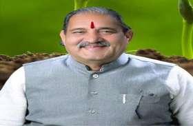 केन्द्र सरकार ने किसानों के साथ सिर्फ छलावा किया: विधायक धनेन्द्र साहू