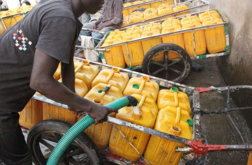 Nigeria: एक तरफ Coronavirus का कहर, दूसरी तरफ पानी का आकाल झेल रहा ये देश