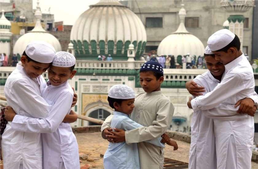 ईद-उल-फित्र : ईद पर ऐसा करने से बरसती है अल्लाह की रहमत