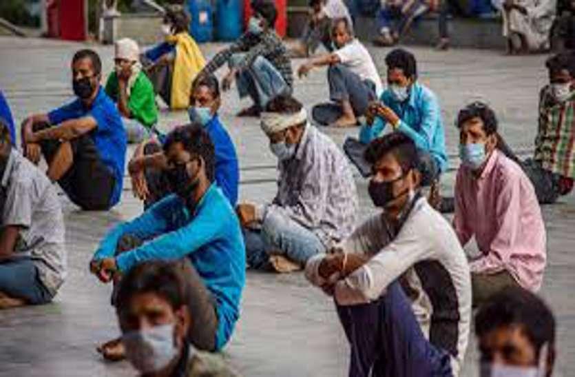 कवर्धा के क्वारंटाइन सेंटर में आरक्षक ने चलाई प्रवासी श्रमिकों पर लाठी, एसपी ने किया लाइन अटैच