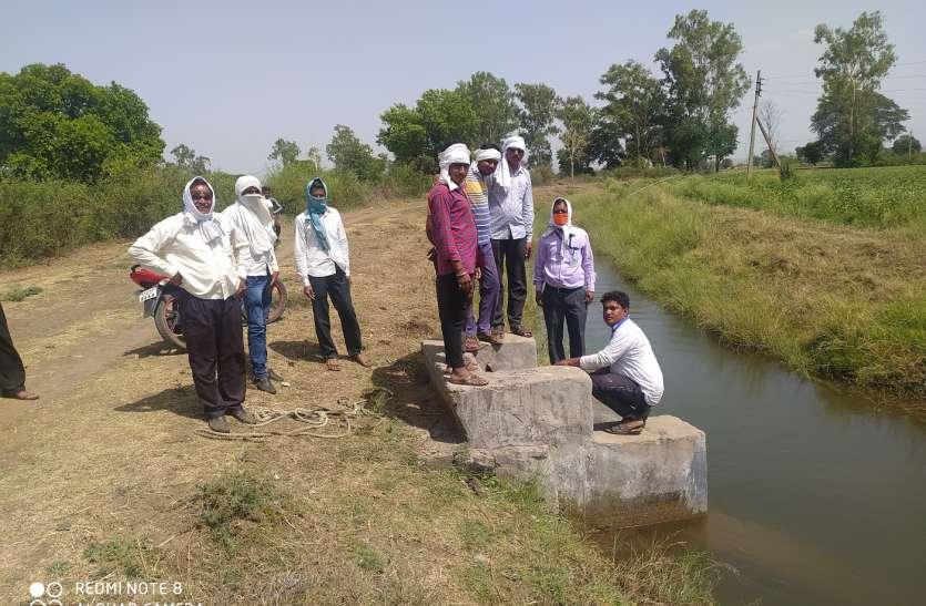 विभागीय अधिकारी को शिकायत करने के बाद टेल क्षेत्र में पहुंचा नहर का पानी